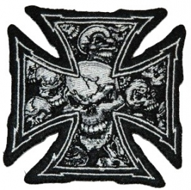 065 - small PATCH - Iron / Maltese Cross with Grey Skulls