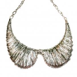 Inventive collar necklace
