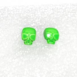 Shiny (green) Skull earstuds