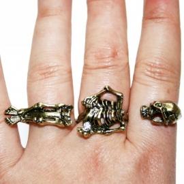 3-Fingerring with Skeleton