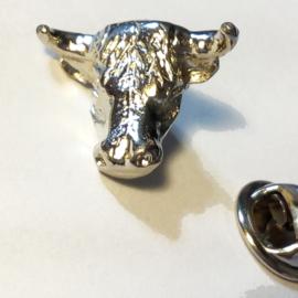P250 - small PIN - 3D - Bulls Head