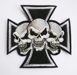 small PATCH - WHITE Maltese Cross with 3 Skulls