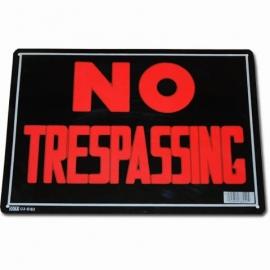 Light Metal Plate / Tin Sign - No Trespassing