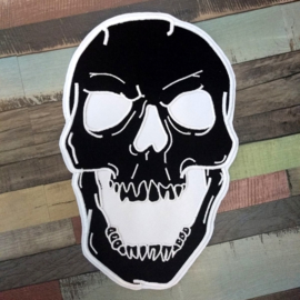 000 - BACKPATCH - Black SKULL