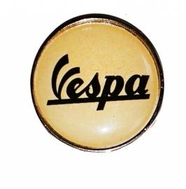 P190 - PIN - Vespa (Round)