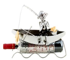 Visbeeldje Wijnfleshouder – bootvisser metalen cadeau beeldje