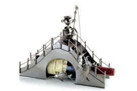 Visbeeldje Wijnfleshouder – Brugvisser