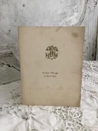 Oude spijskaart uit België 1937 met opgelegd monogram.