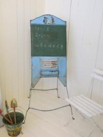 inklapbaar oud ijzeren schoolbord