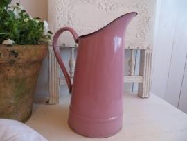 Roze emaillen waterkan - klein model - SOLD*