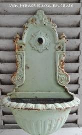 Oude gietijzeren fontein - SOLD