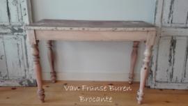 Franse sidetable - keukentafel - tafel- tafeltje in mooi doorleefde staat