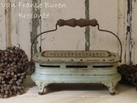 geëmailleerd Frans gietijzeren stoofje - SOLD*