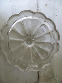 Franse  schaal van persglas op voet - bonbonnière
