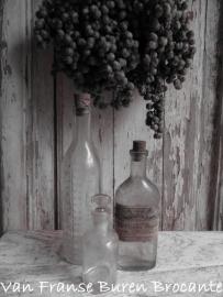 3 Franse oude pharmacie flesjes - SOLD*