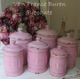 6 Franse  roze emaillen voorraadbussen - SOLD*