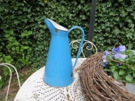 blauwe emaillen waterkan - SOLD*