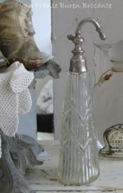oude Franse parfumfles met deel verstuiver ( incompleet)