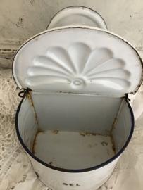 Frans wit emaillen zoutbak met klepdeksel - VERKOCHT/SOLD