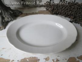 Boch ovaal serveerschaaltje met geschulpte rand - schaal