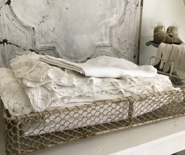 Oude Franse rechthoekige 'draad' ijzeren bak - VERKOCHT/SOLD