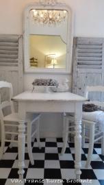 oude Franse witte sidetable, keukentafel, tafeltje - SOLD