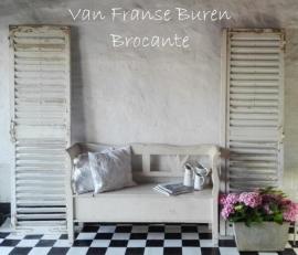 2 oude Franse witte doorleefde louvre luiken - SOLD*