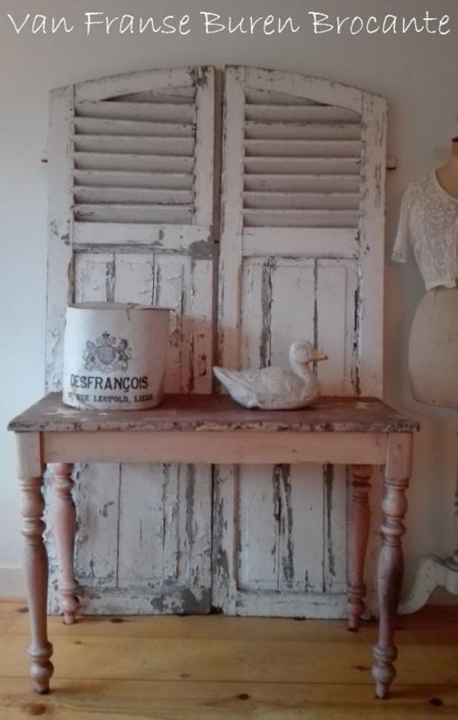 Franse sidetable - keukentafel - tafel- tafeltje in mooi doorleefde staat VERKOCHT/SOLD