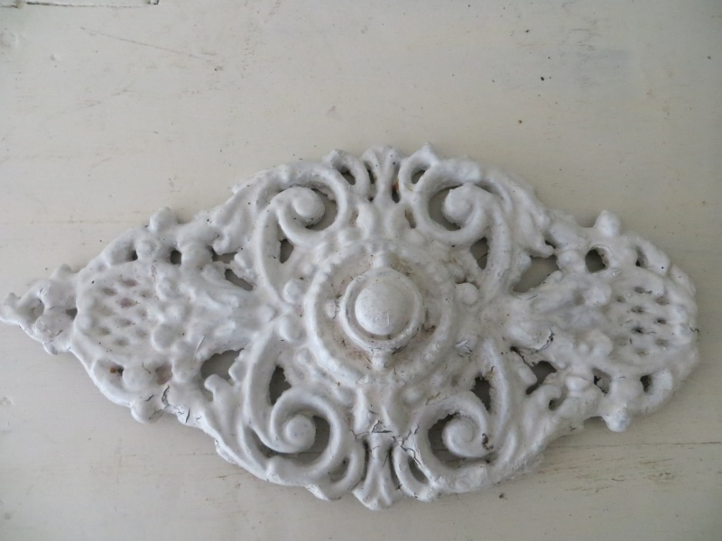 Fonkelnieuw Wit gietijzeren ornament | Emaille-(giet)ijzer-zink | Van Franse SD-15