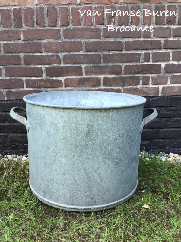 Oude Franse zinken ton - kuip - ketel — VERKOCHT/SOLD