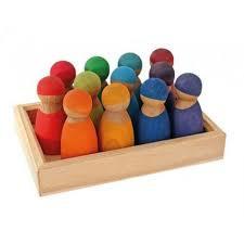 12 vriendjes regenboogkleuren (kersenhout)