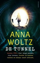 De tunnel / Anna Woltz
