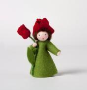 Rode tulp, bloem in de hand