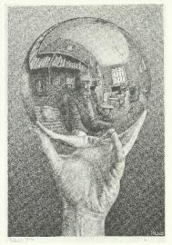 Hand met spiegelende bol (zelfportret in bolspiegel), Escher
