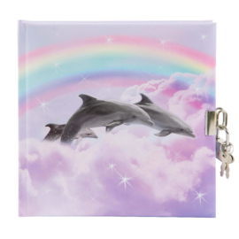 Dagboek met slot Goldbuch, Delfine