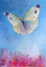 Vlinder in blauwe lucht, Loes Botman
