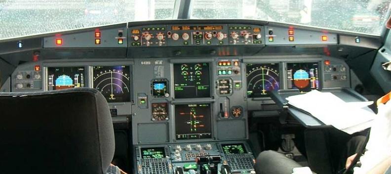 brandblusapparaat-cockpit