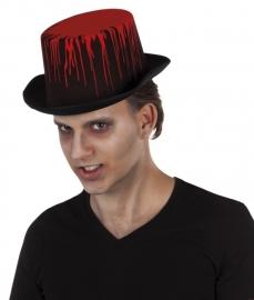 Scary hoed met bloed