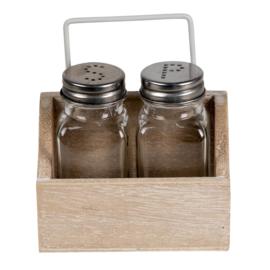 Peper en zoutstel in houten bakje