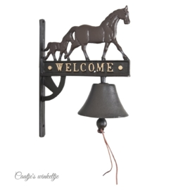 Ijzeren bel met paarden
