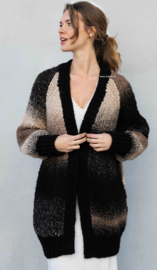 Katia Laponia en Big Merino Vest