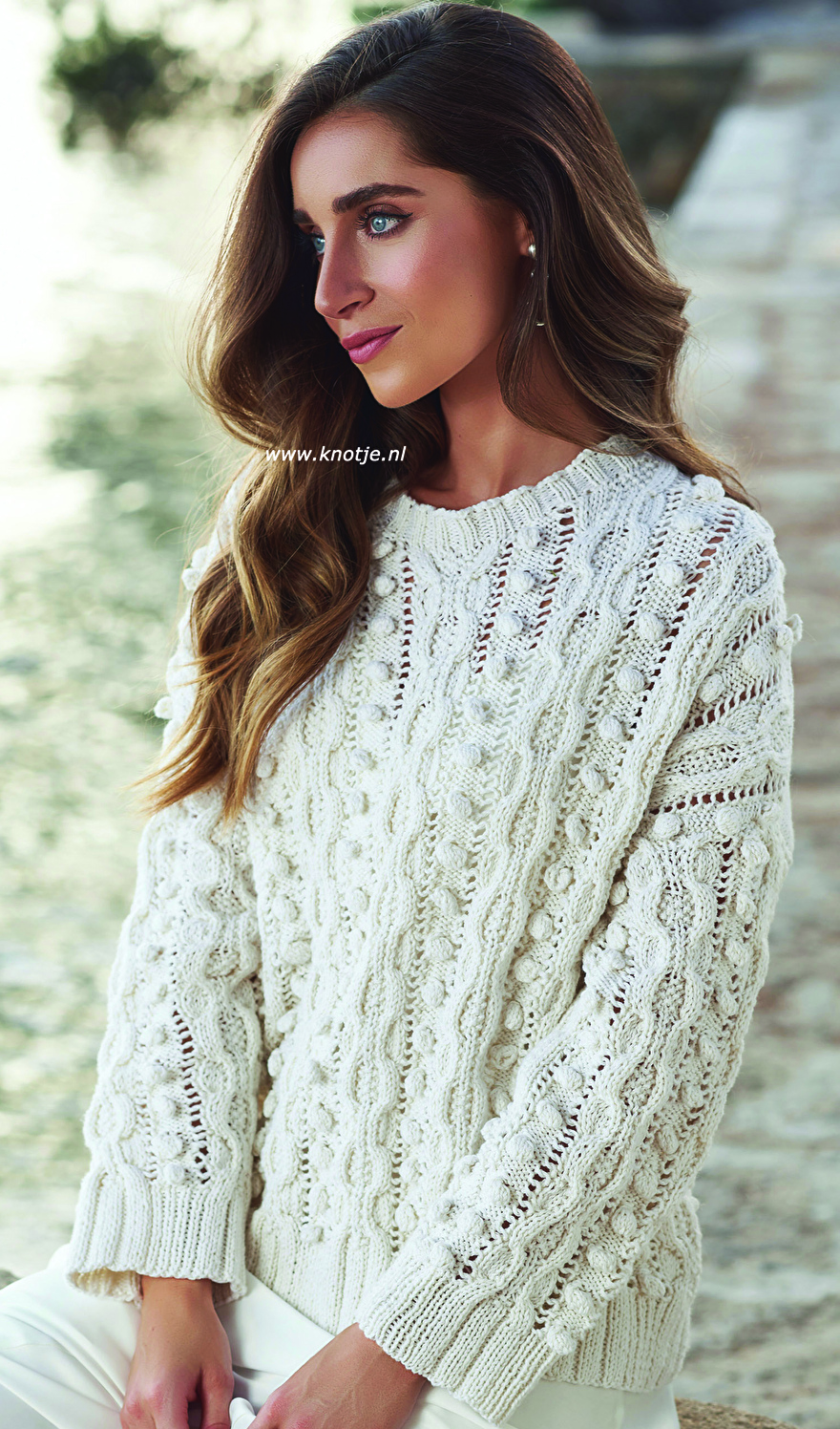 009 cable bobble sweater 1kopie.jpg