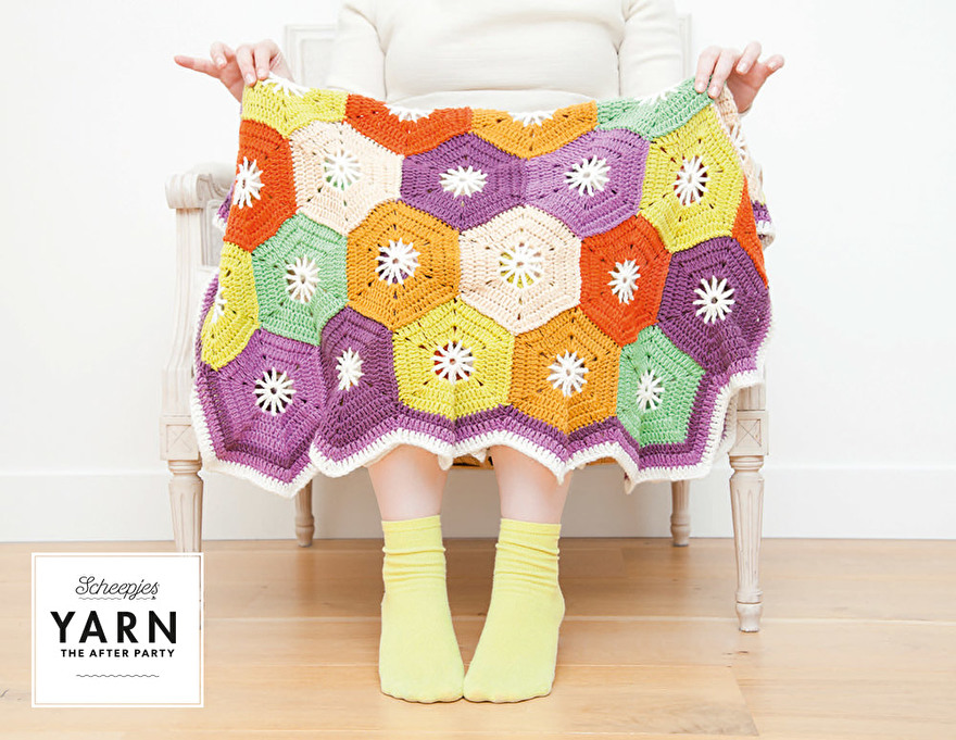 Hexagon-blanket-3.jpg