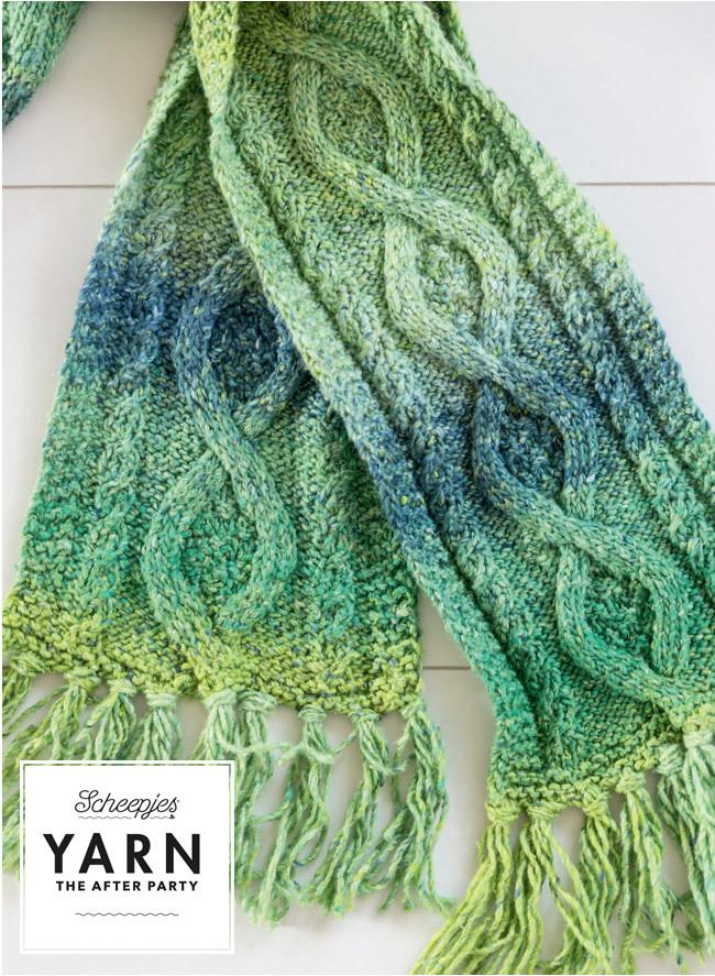 mossy_cabled_shawl4.jpg
