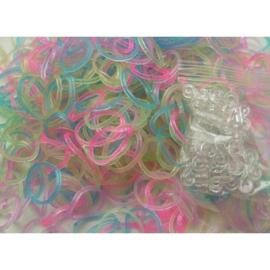 Glitter mix  elastiekjes ± 600 stuks + 24 clips