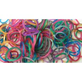Metalix mix elastiekjes ±  600 stuks + 24 clips