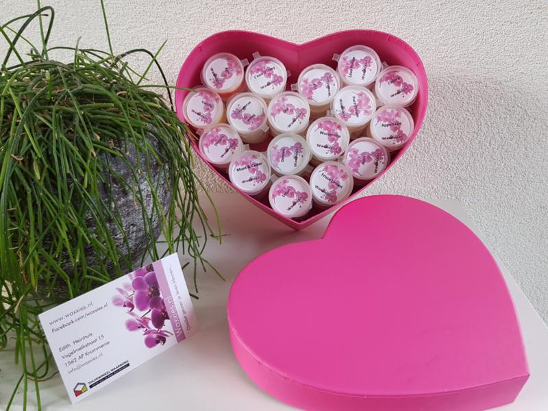 Cadeau Doosje Hartvormig Roze met 50 waxxies