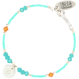 Blissfully Initial Birth Stones | Glaskralen Armbandje Initiaal Muntje