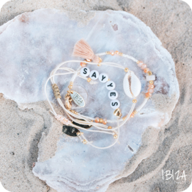 Naam Armbandje Hartje | Witte Letterkralen