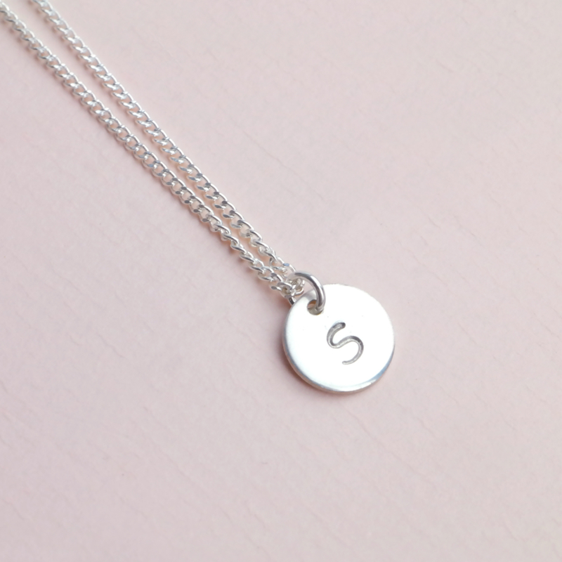 The Coin | Ketting (letter) Muntje - 925 Zilver